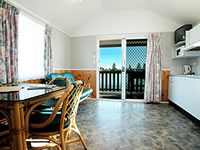 Our Central Coast accommodation at The Entrance includes cabins and villas